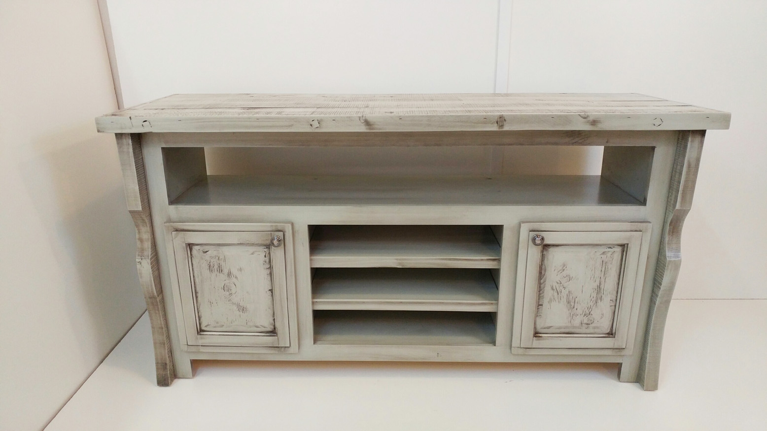 Barnwood TV Stand - Cretens Furniture